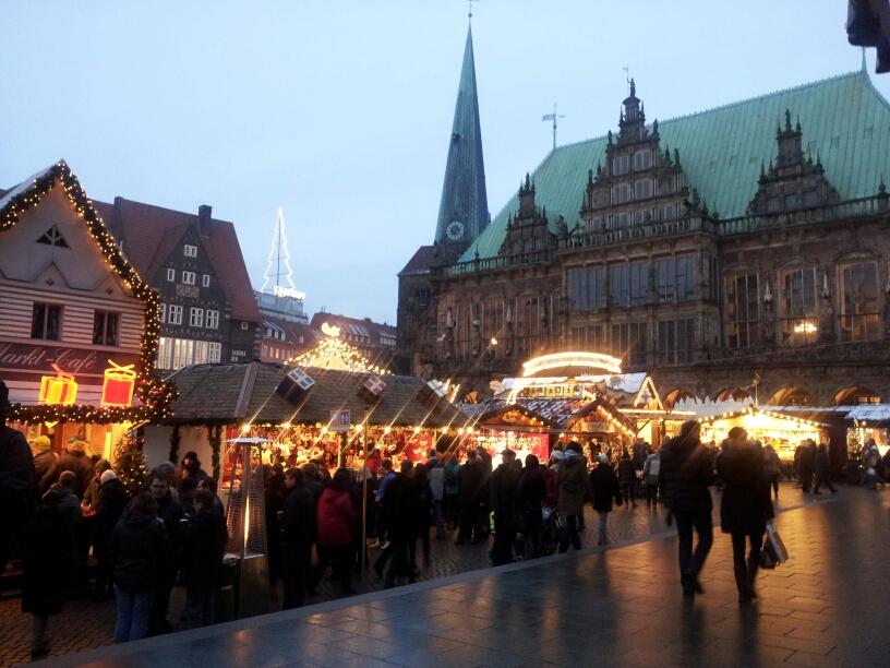 bremen weihnachtsmarkt st petri dom rathaus