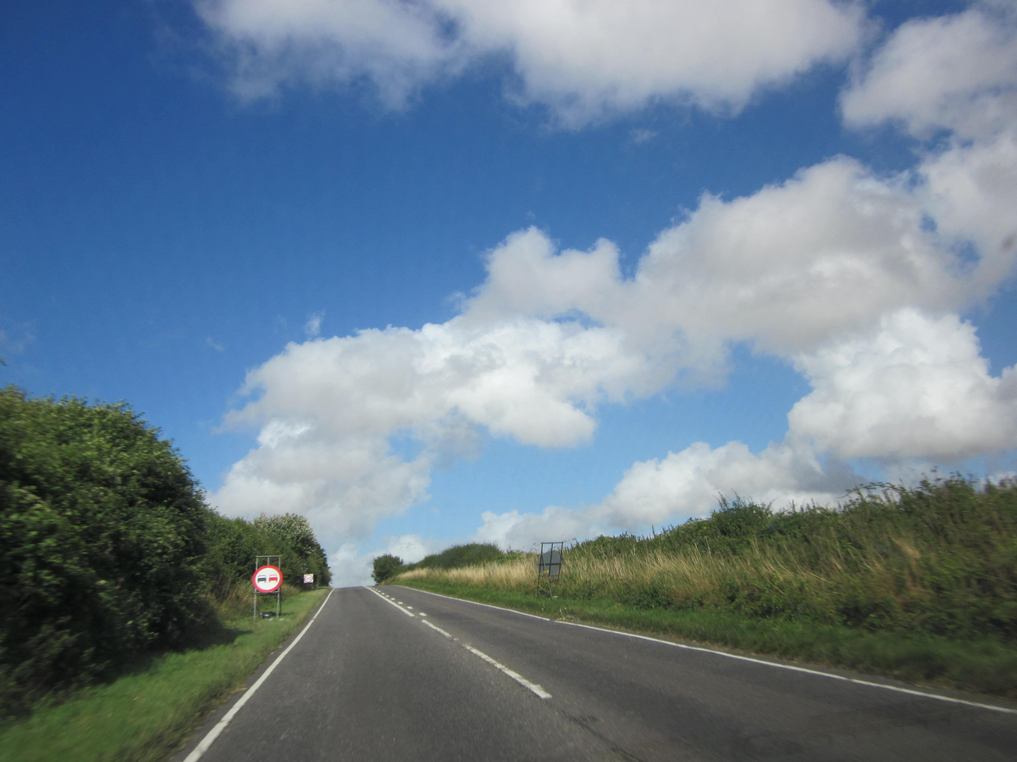 linksverkehr england schottland irland wales großbritannien vereinigtes königreich mietwagen jean above the clouds