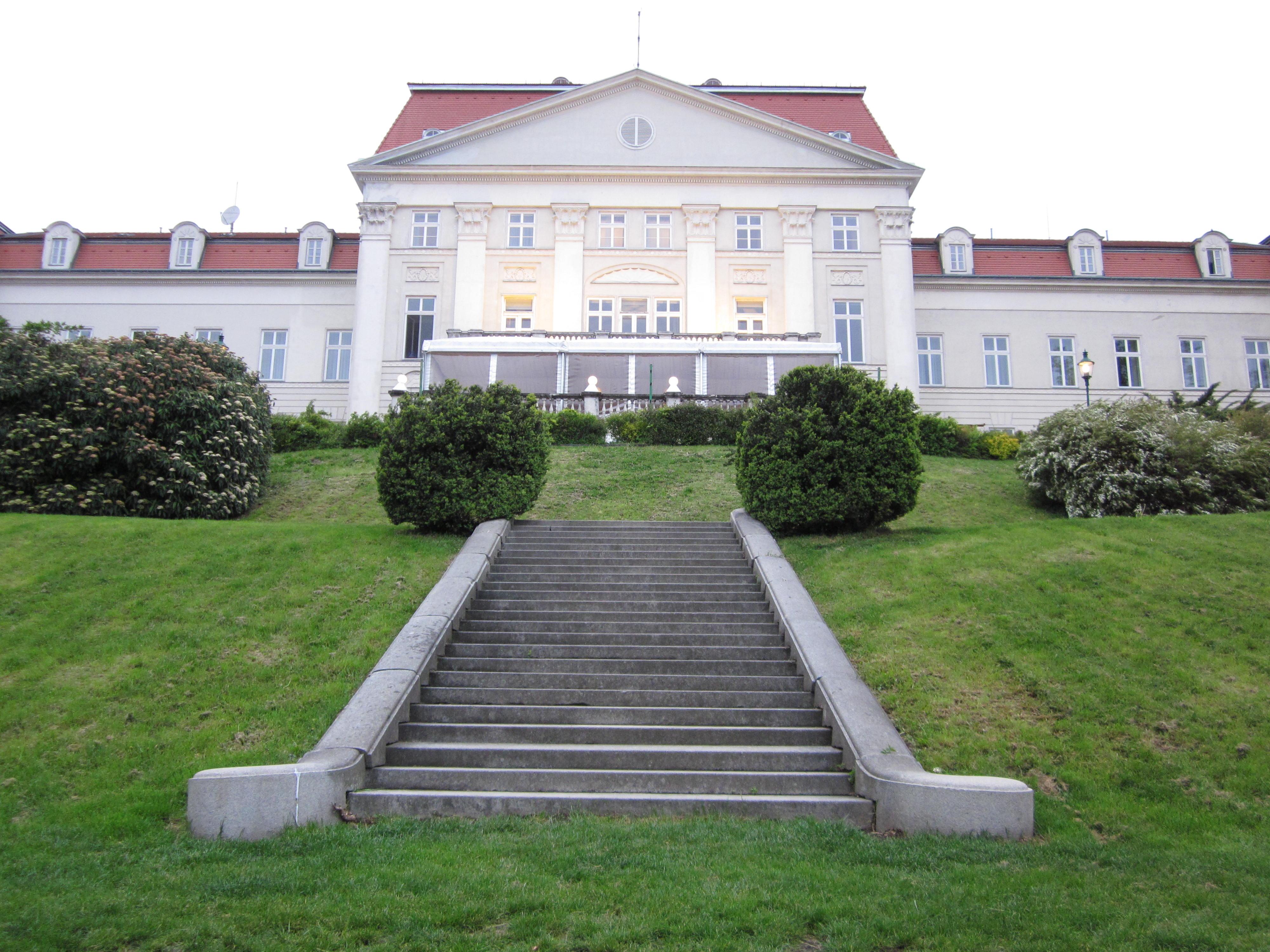 wien schloss wilhelminenberg austria trend hotel treppe österreich jean above the clouds