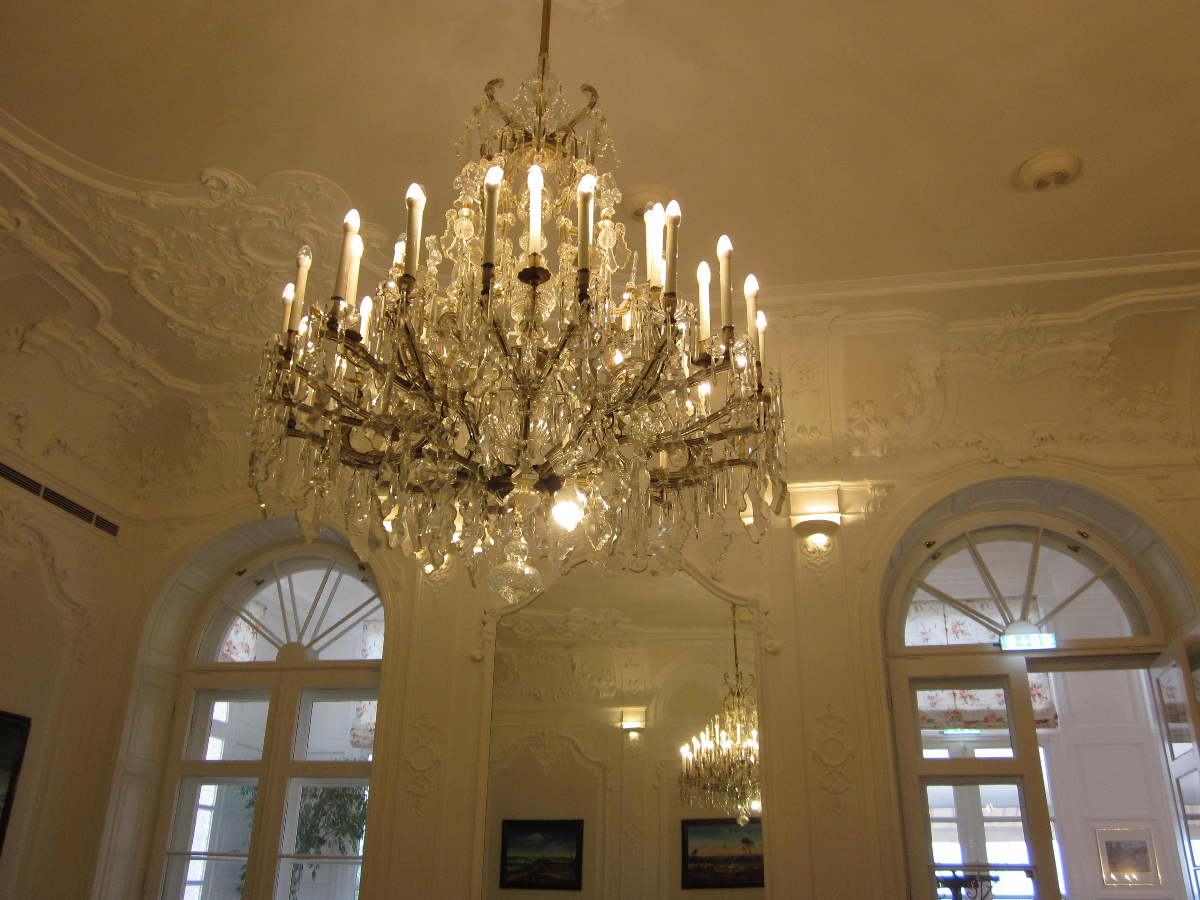 wien schloss wilhelminenberg austria trend hotel kronleuchter österreich jean above the clouds