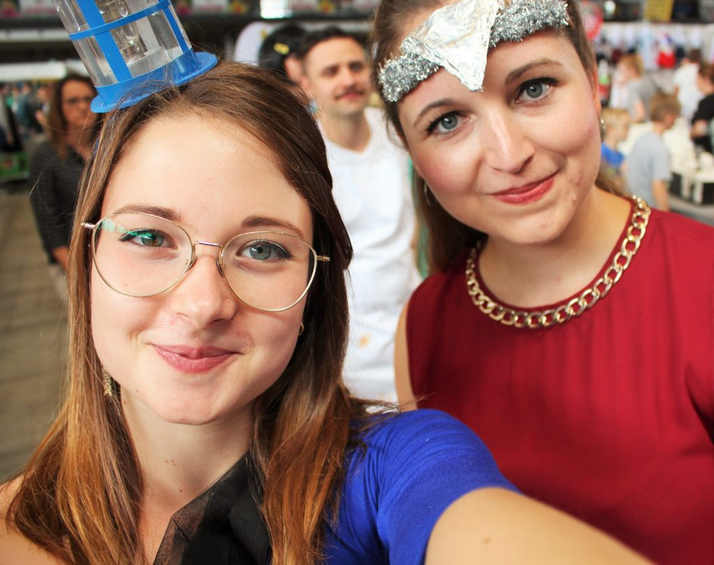 cosplay german comic con jean above the clouds diyrona stuttgart messe sherlock doctor who wonder woman tardis