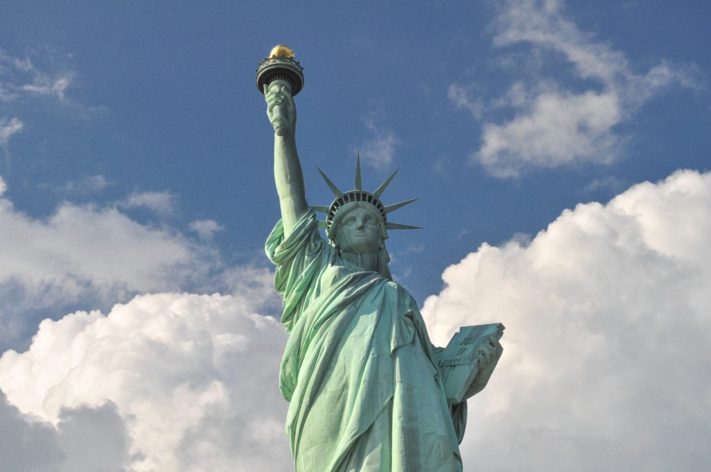 freiheitsstatue new york city liberty statue nmun StockSnap_VXOHDCBJG7